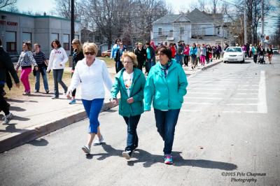 From left, Trudy Reid, NSHA Public Health Nutritionist, walking with Barb Hoeg and Carolyn d'Entremont from Maggie's Place Family Resource Centre.